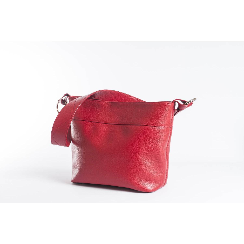 NIL est un sac à main en cuir souple, qui peut se porter sur l ... 2ac9edeaf42